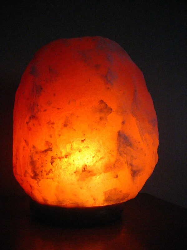 1 Glowing Himalayan Salt Lamp