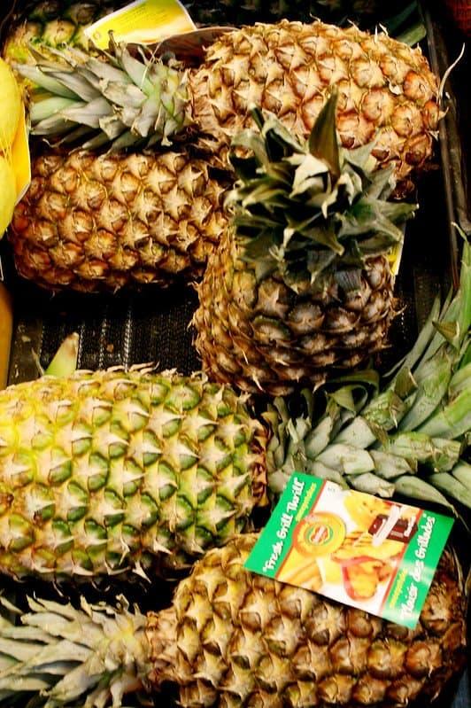 2 Pineapple Varieties
