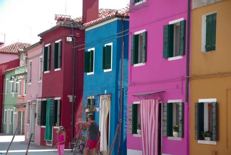 1 Bright Houses