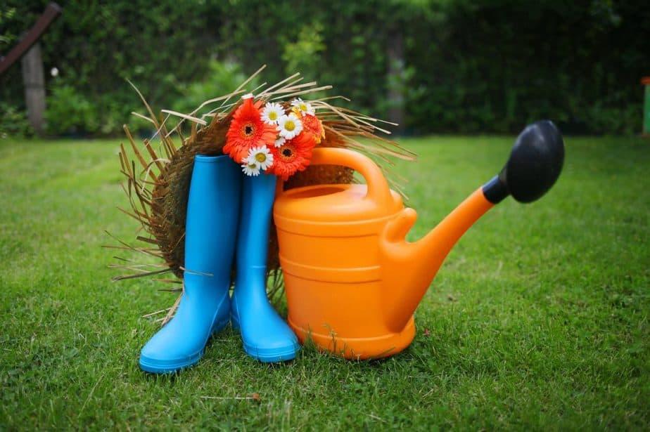 2 Gardening Boots