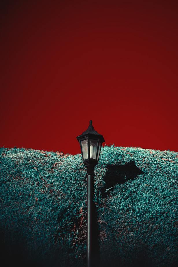 4. Lamppost