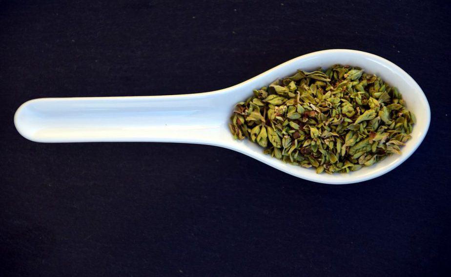 6 Dried Oregano on Spoon