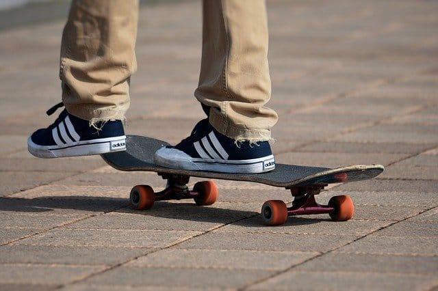 9 skateboard
