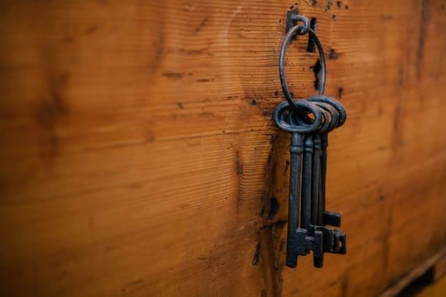 15. Key Hook