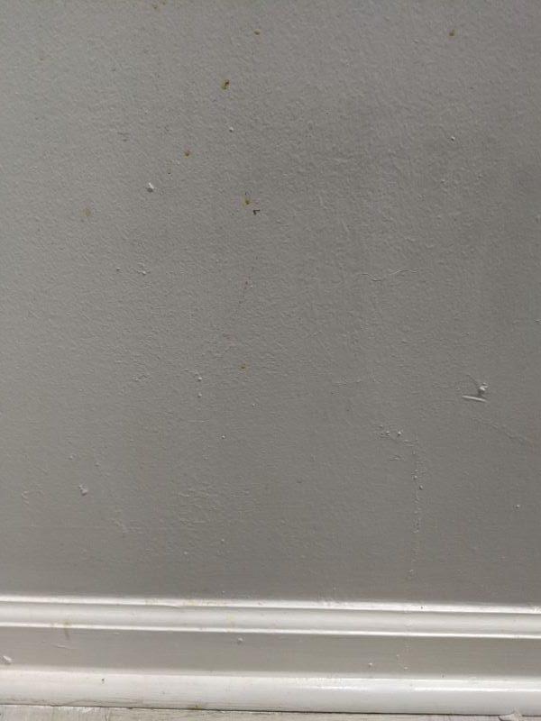 6 Dirty Wall
