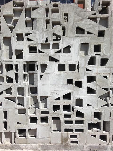 Edging 2 Cinder Blocks