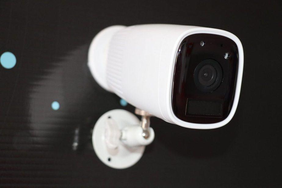 Home CCTV 4 Wired vs Wireless