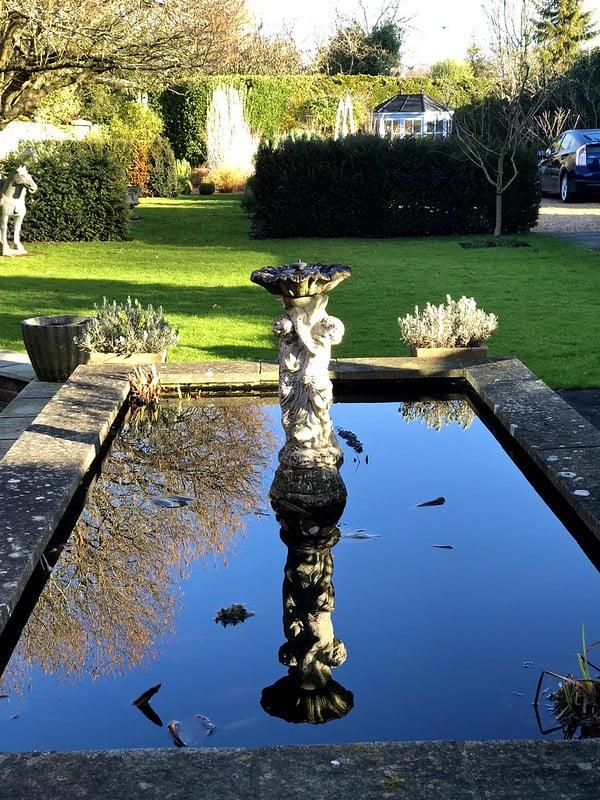 39 Bird Bath with Fountain