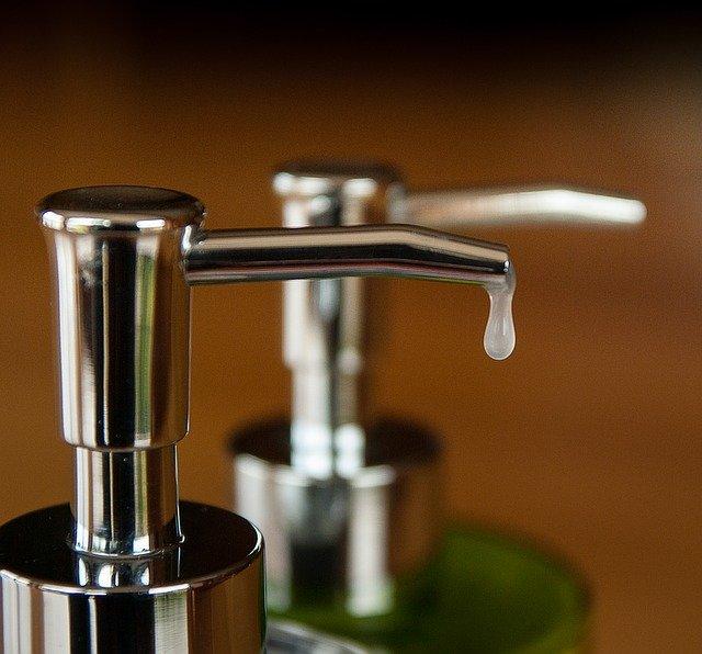 6 Liquid Dish Soap