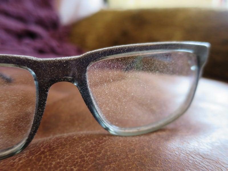 2 Dusty Glasses