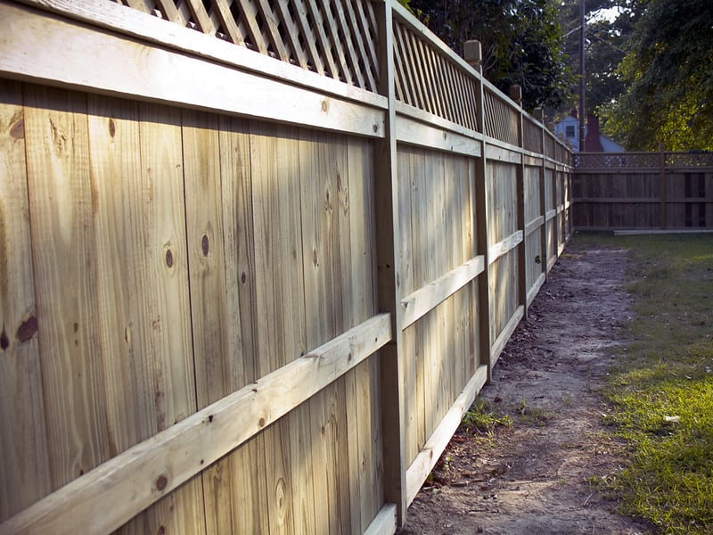 2 Type of Fence Material