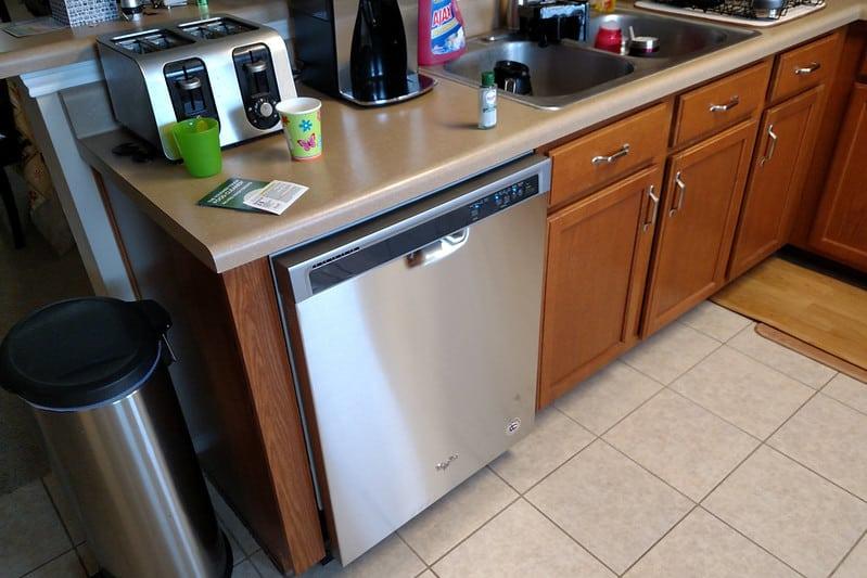 2 Types of Dishwashers