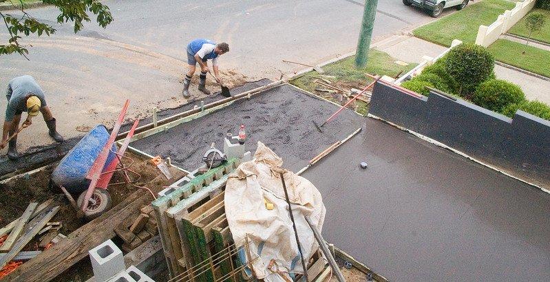 3 Driveway Labor Costs