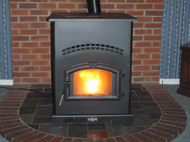 2 Different Stove Materials