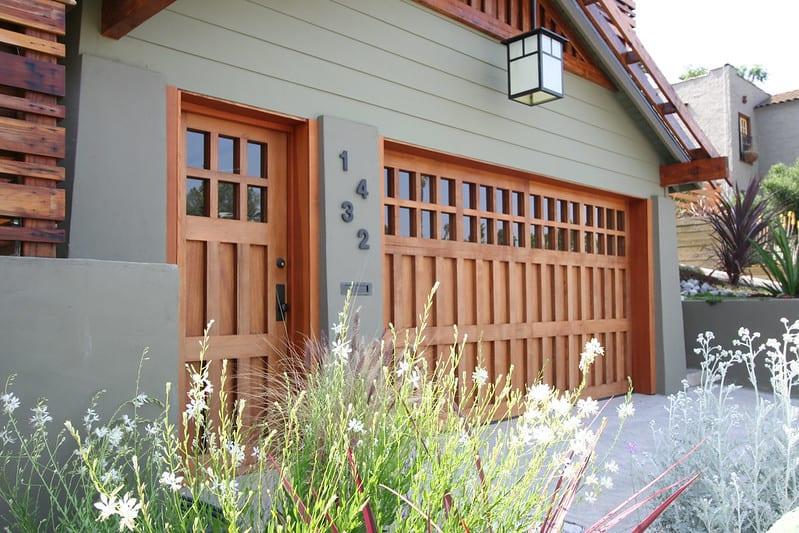 4 New Garage Door Cost FAQs