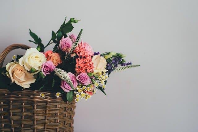 1 Flower Arrangement in Basket