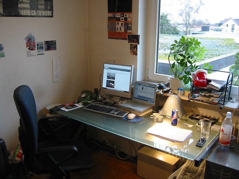 1 Fold Down Desk