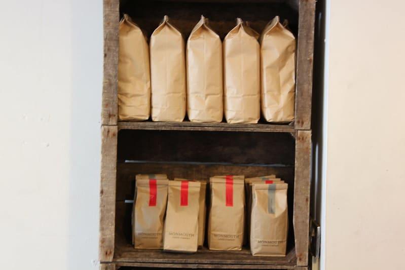 14 Built In Wooden Shelves