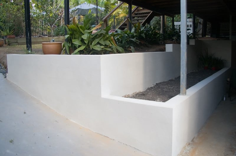 15 Paint and Render Retaining Wall