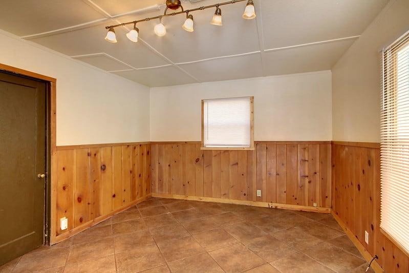 16 Narrow Living Room