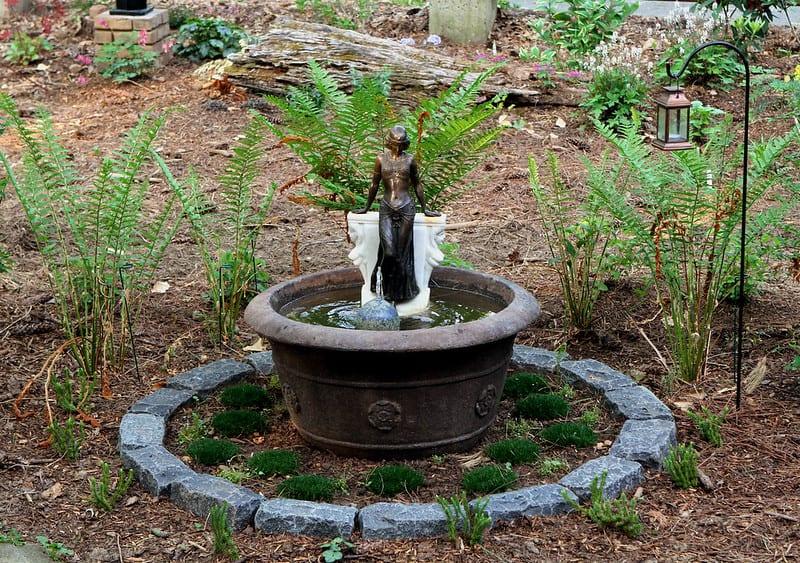 18 Garden Fountain