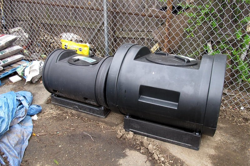 2 Compost Tumbler Buying Considerations