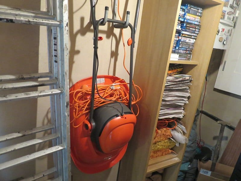 4 Hanging Bulky Items