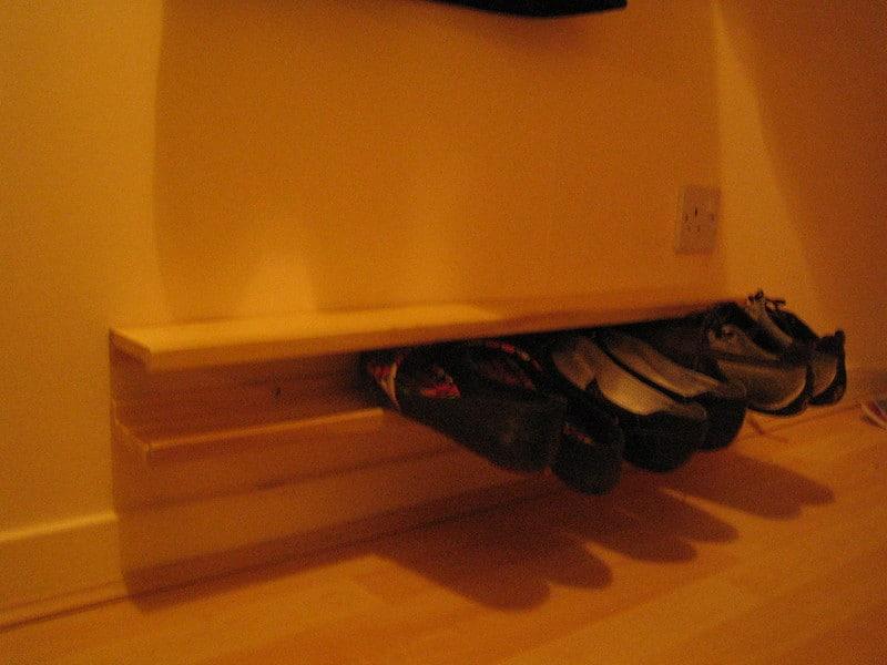12 Floating Shoe Rack