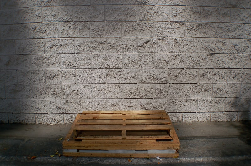 6 Wooden Pallet Walls